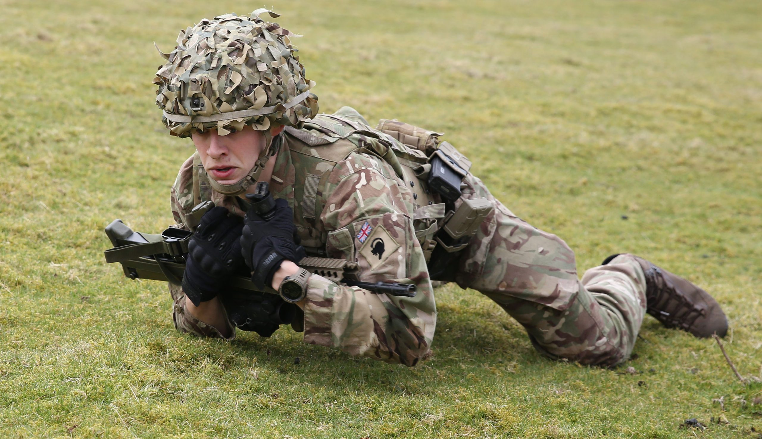 Reservist Tom Bylo practising fire and move
