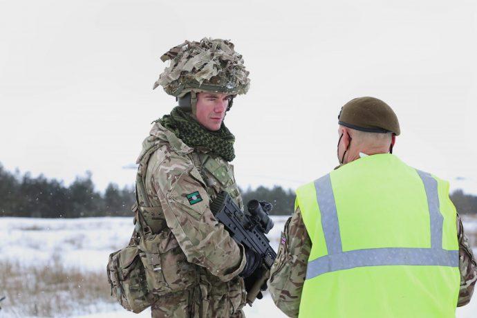 Sgt Andrew Brunton from Barnsley receiving instruction on the Battle Hill Range